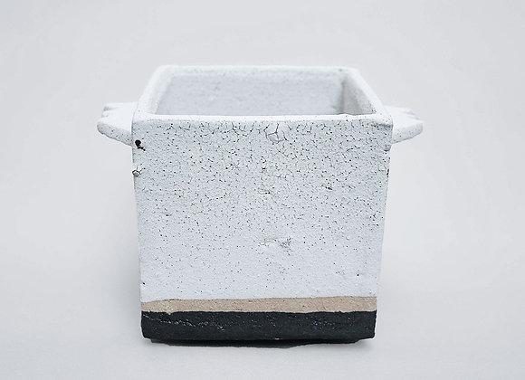 川合牧人 Makito Kawai -Square White