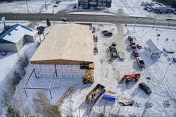 vue de côté: construction d'un immeuble commercial