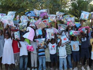 Christmas Bags for Haiti