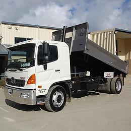 0000172_8-ton-tipper-truck.jpeg