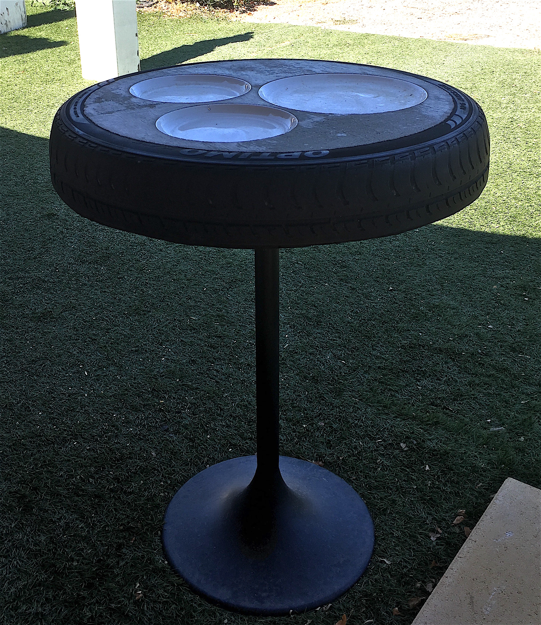 Table pneu Toulive.jpg