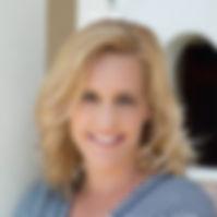 Jennifer Robinson Headshot.jpg