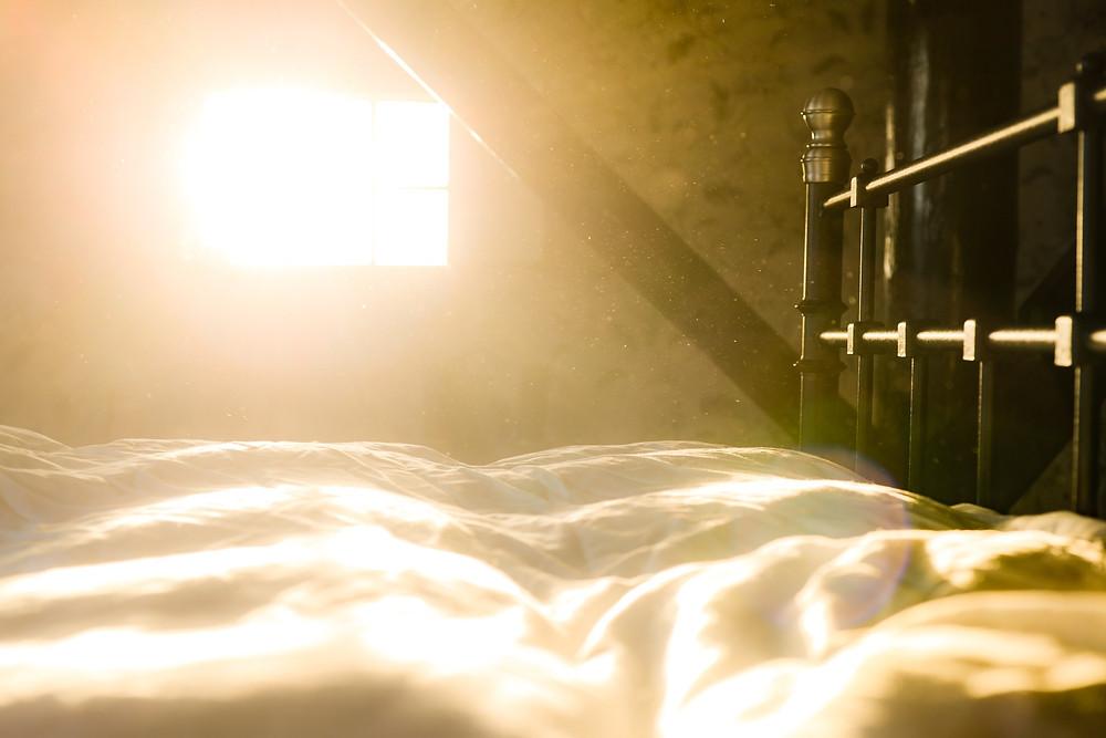 Bed dust sun