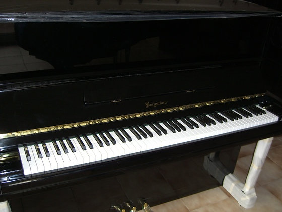 Bergmann BE121 121cm. nero lucido