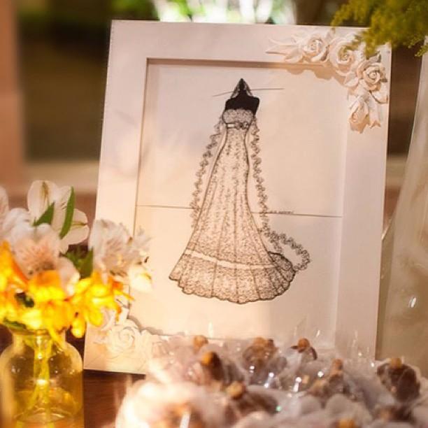 Olha que lindo o sketch Love This Dress decorando o casamento!_Aproveita a promoção pra ganhar a mol