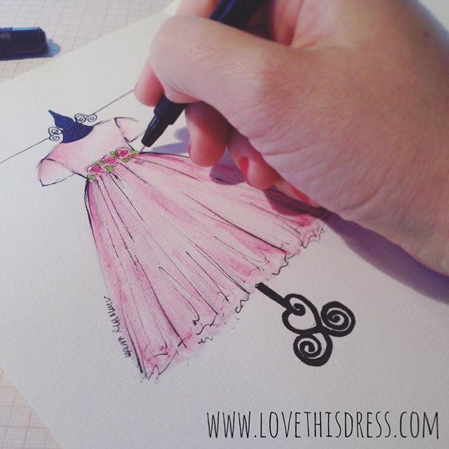 Hoje é dia de fazer um Sketch Infantil da roupinha que uma princesa usou para comemorar seu primeiro