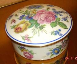 Bonbonnière en porcelaine