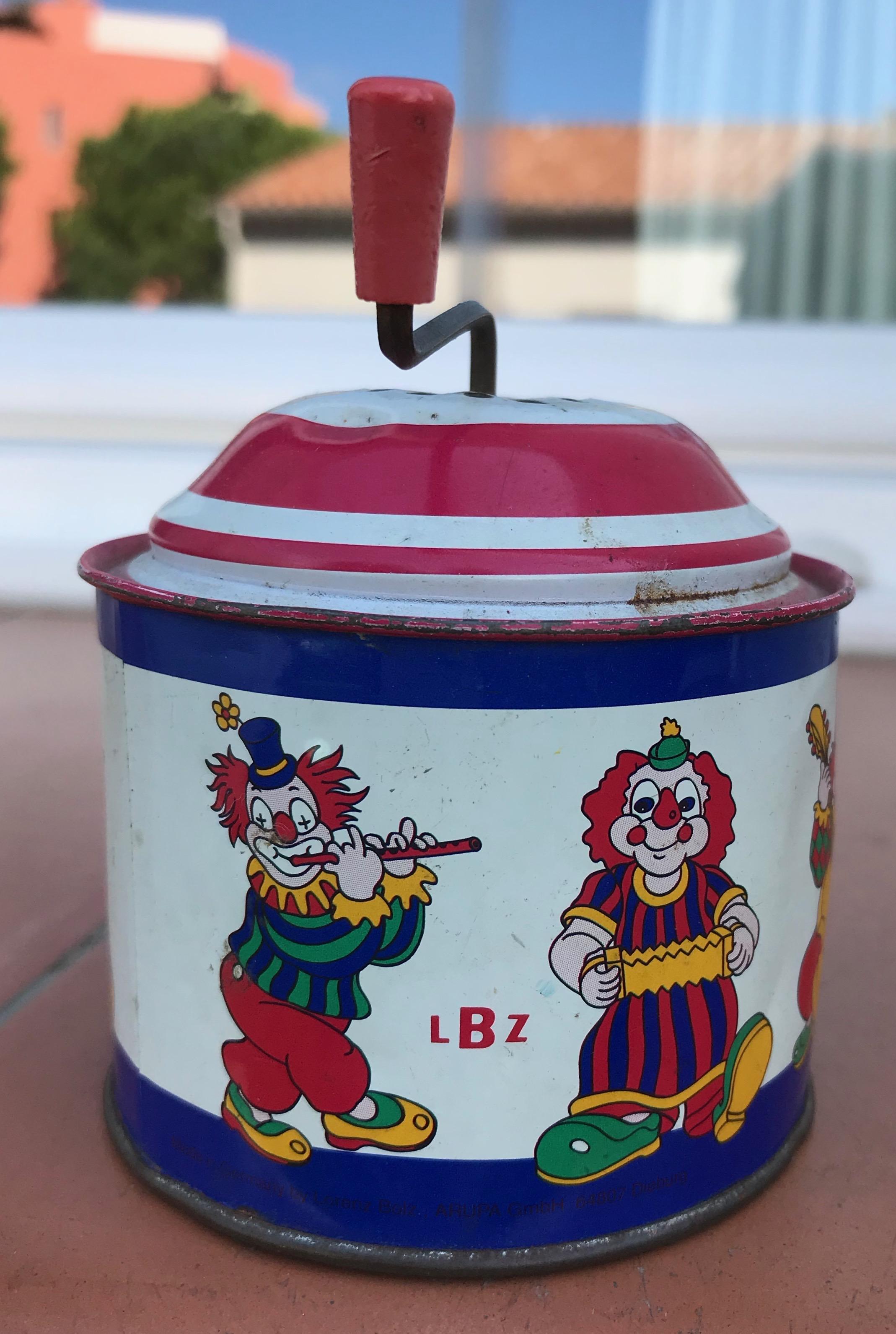 Boite à musique clowns