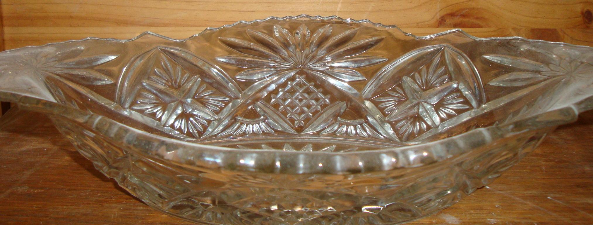 Coupelle en verre ou cristal ciselé