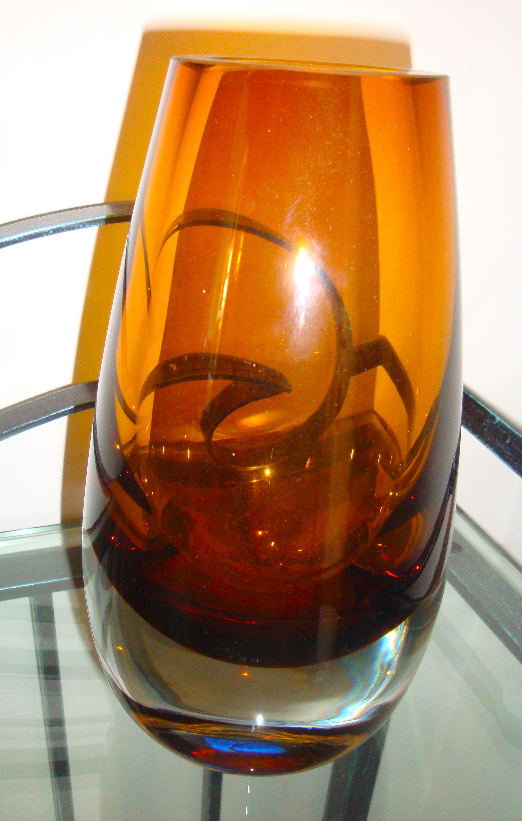 Vase verre orange