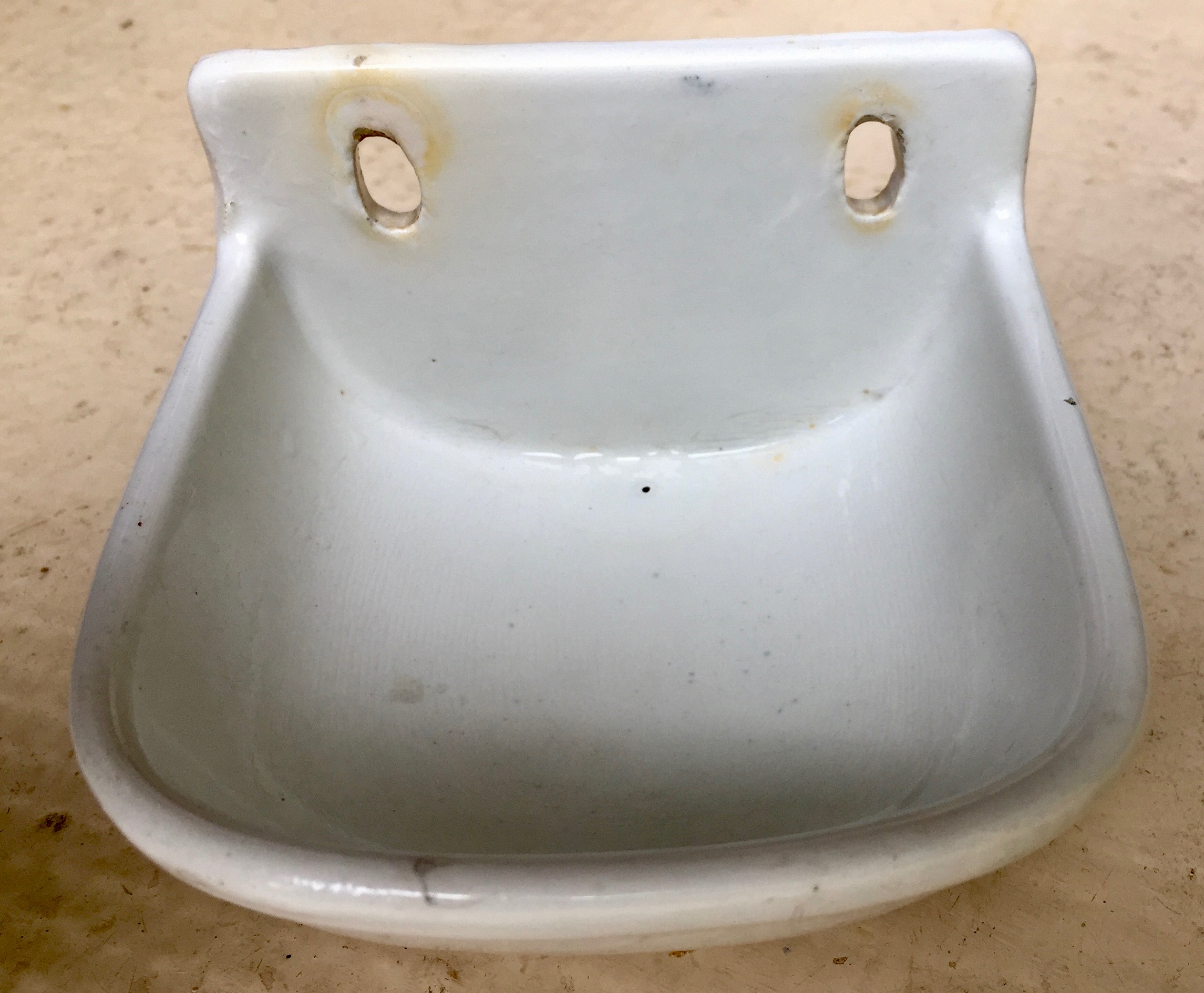 Porte savon porcelaine