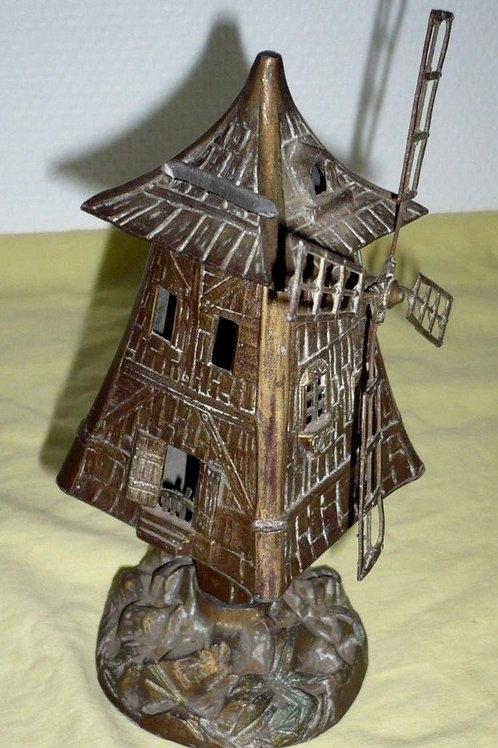 Tirelire moulin à vent en régule métal
