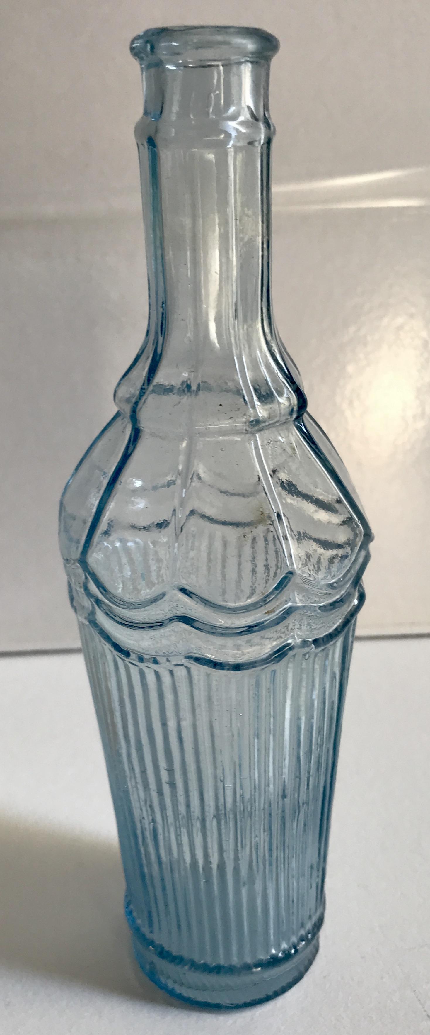 Bouteille verre bleue