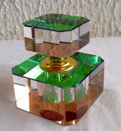 Flacon cristal ancien reflets multicolor