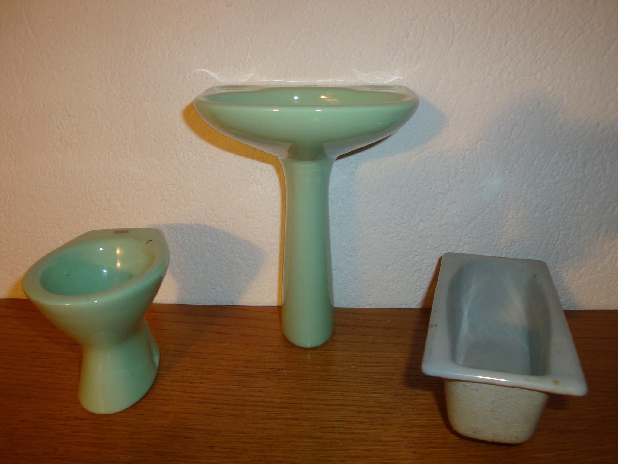 Sanitaire miniature Selles