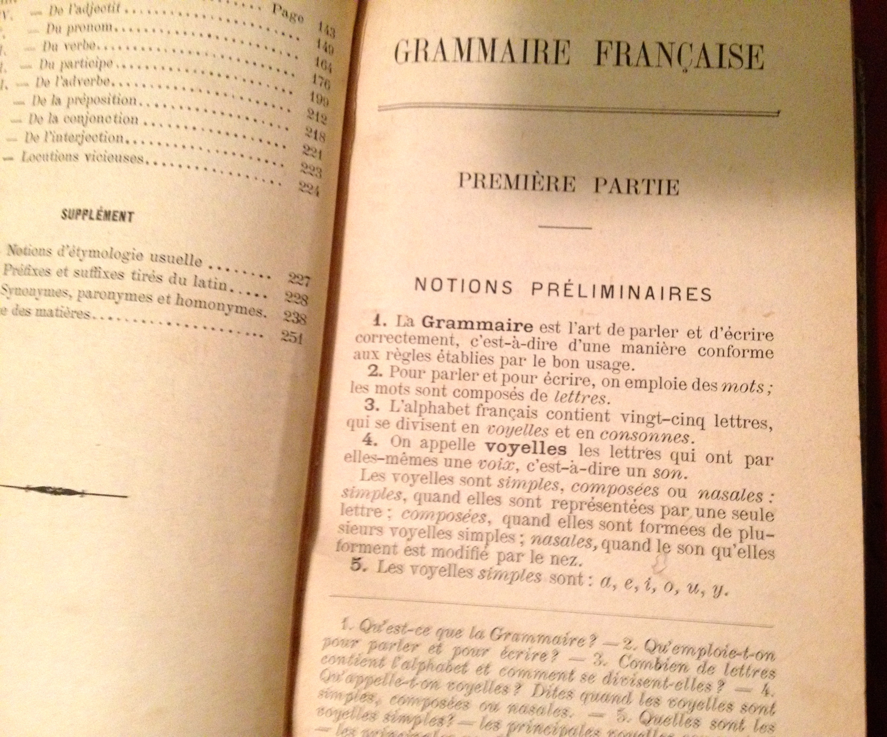 Livre scolaire grammaire