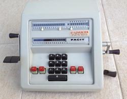 Machine à calculer Facit