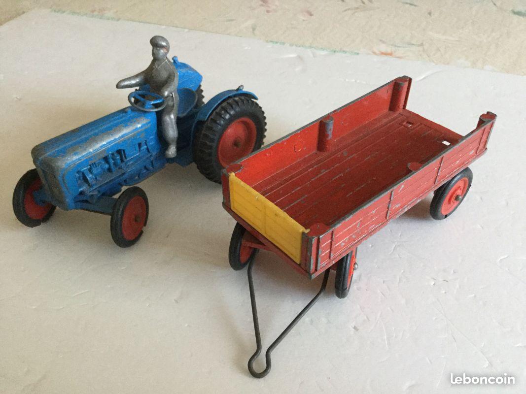 Jouet tracteur et remorque