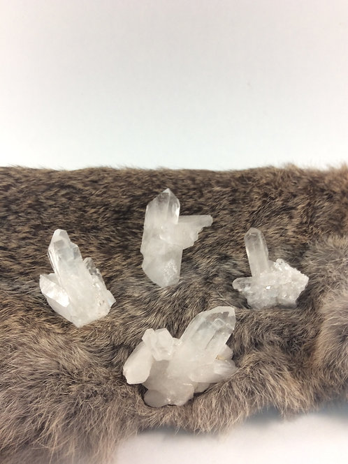 Earthquake Self Healed Quartz Cluster