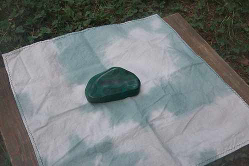 Malachite with green altar cloth
