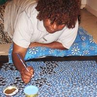 Abie Loy Kemarre painting bush leaf dreaming