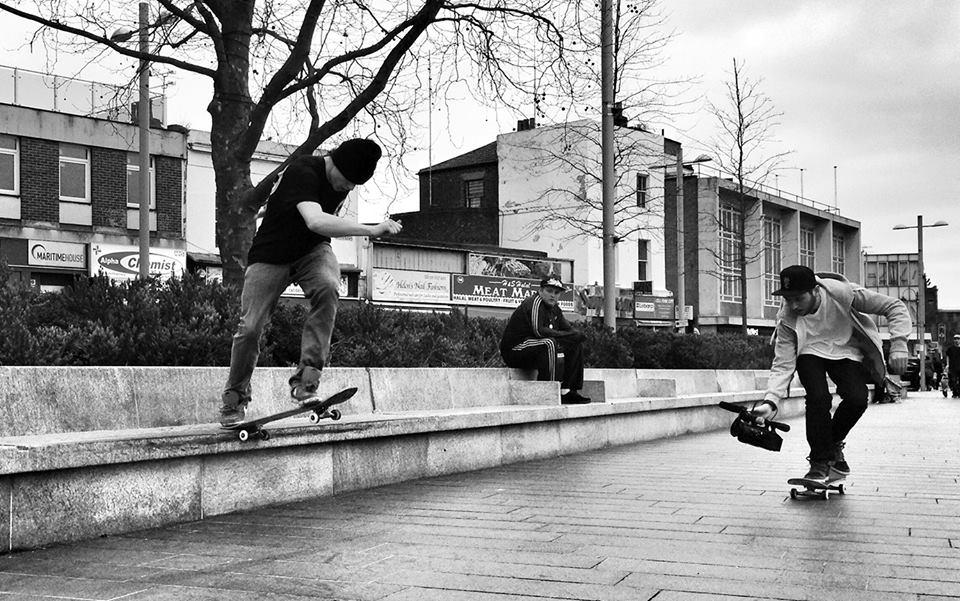 Fakie Flip Tailslide - Woolwich