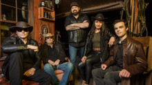 Exclusive Interview with Country Music Band ME AND MAE