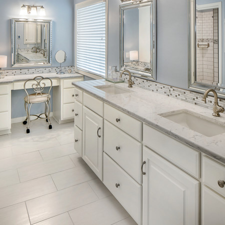 Huntington Park Villa Master Bathroom
