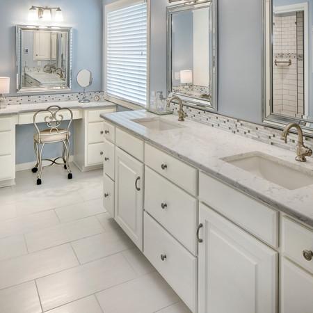 Huntington Park Villa Master Bathroom