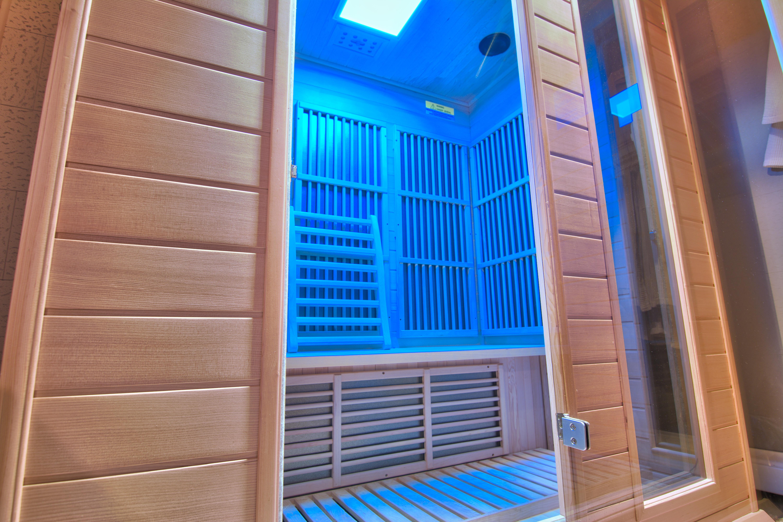 Infrared Sauna and Nails