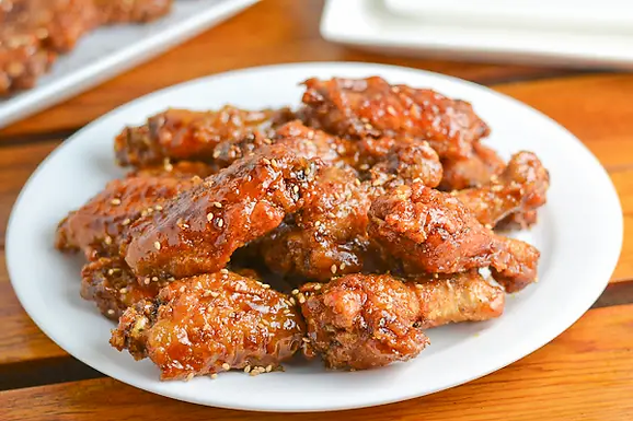 FRIED CHICKEN (CHICKEN WINGS)  후라이드 치킨 - Menu 10