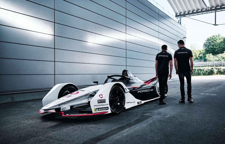 Porsche-formula-e-racing-copyright-haegele-automotive-transportation-auto-car-photography-photographer-advertising-germany-deutschland-fotograf-werbung
