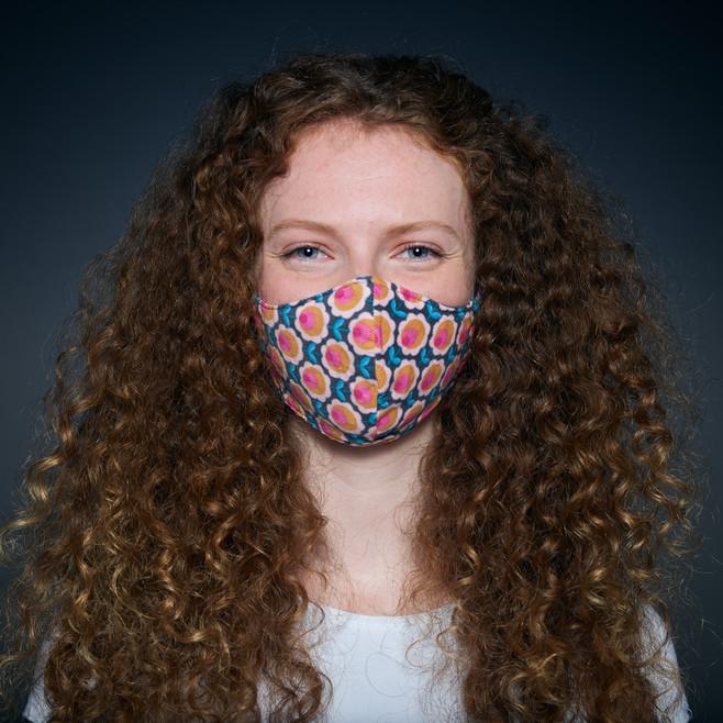 mask-people-portrait-emotions-copyright-haegele-photography-photographer-advertising-germany-deutschland-fotograf