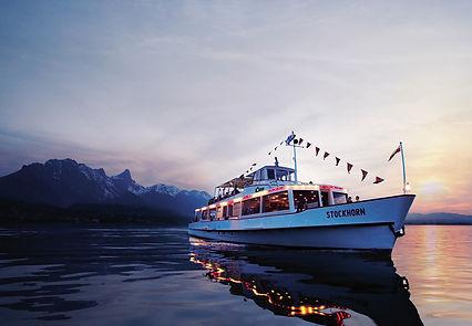 BLS Schiff mit Stockhorn-Kette