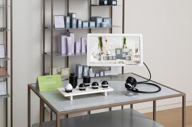 Skin Analyser Machine 01.jpg