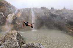 Jump-1400