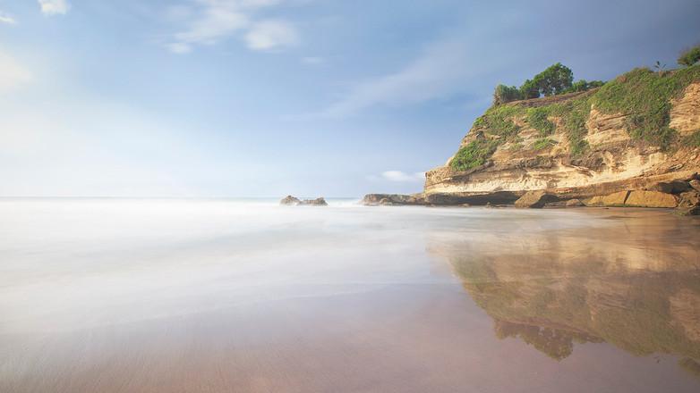 Pantai Pasir Klayar