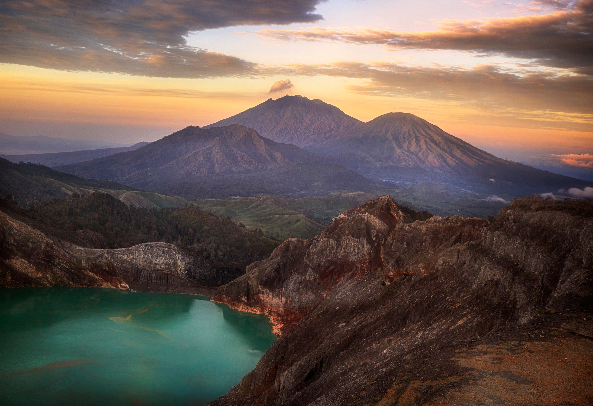 Sunrise at Ijen
