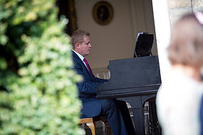 Scotland Edinburgh Wedding Pianist Vocalist Singer Organist Musician