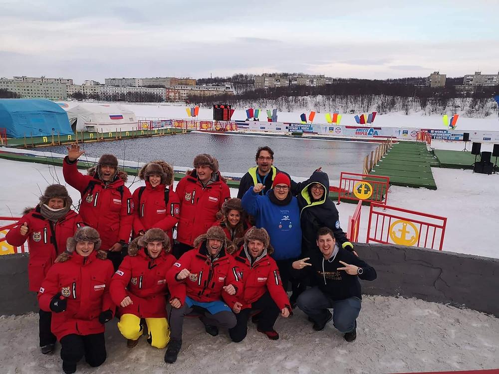 Das Österreichische Team bei den Eisschwimm WEltmeisterschhaften 2019 in murmansk russland