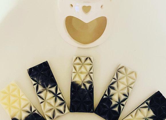 Small diamond wax snap bars