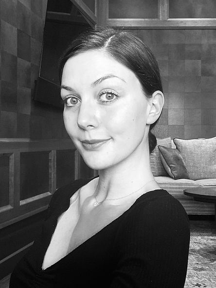 Perianne Caron Headshot 3.jpg