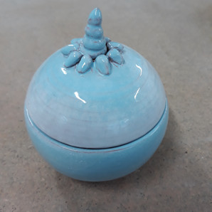 Coffret bleu en terre cuite