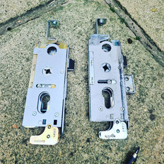 Faulty Union Everest gearbox replaced today plus top and bottom bolts set to work correctly (set up wrong originally and not double locking