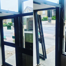 Today I went across to help out our friends @spice_nouv_oh , they were having a new refrigeration unit delivered and needed the doors removed to get it in, then replaced afterwards