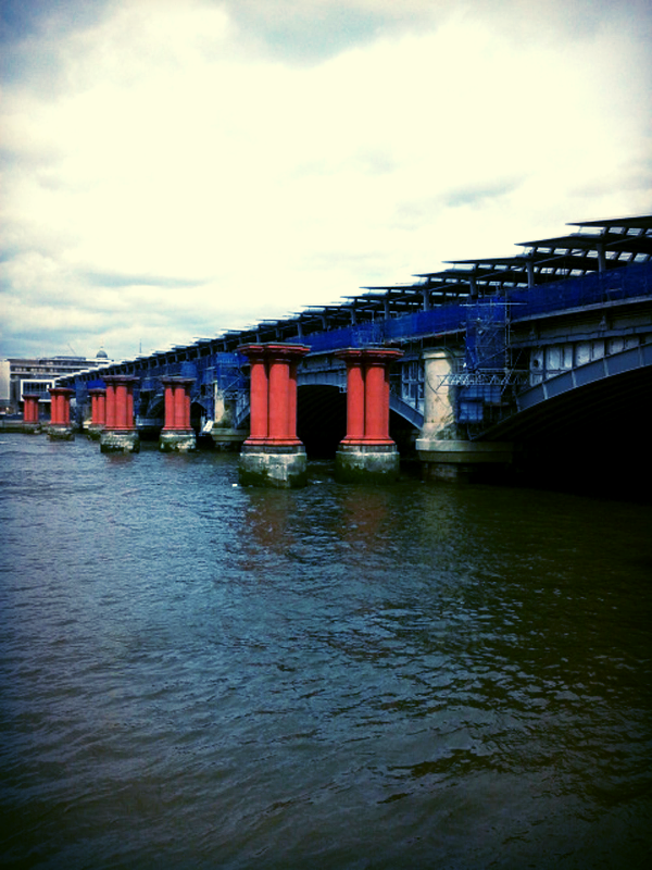 Blackfriars Railway Bridge.jpg