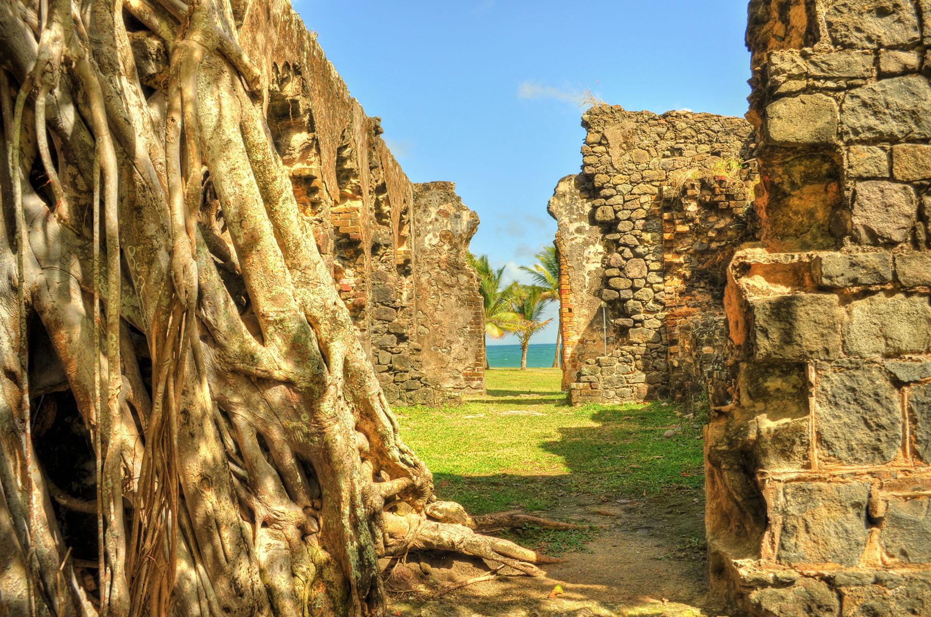 Saint-Lucia-Ruins