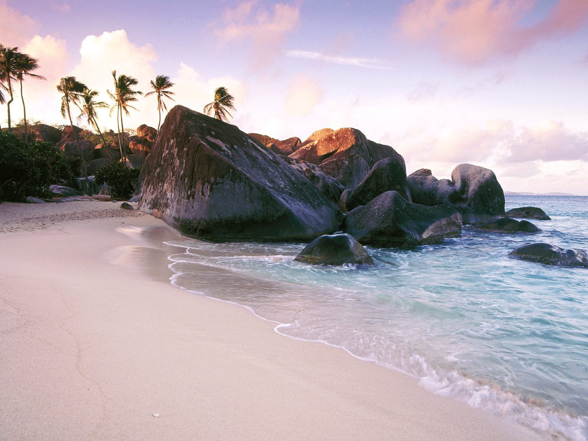 Caribbean_Nature_1920x1440_HD_Wallpapers_Pack_1-16.jpg_Virgin_Gorda_Island_at_Sunset_British_Virgin_