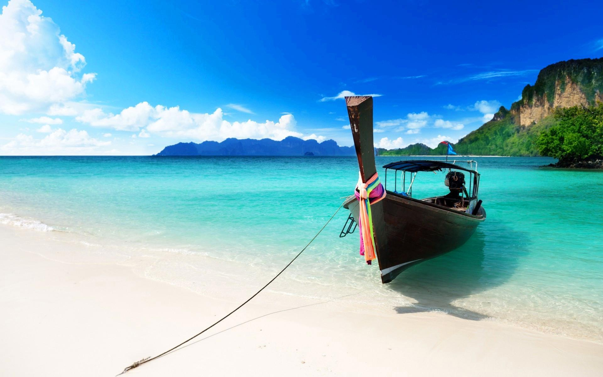caribbean-boat-beach-hd-desktop-wallpapers