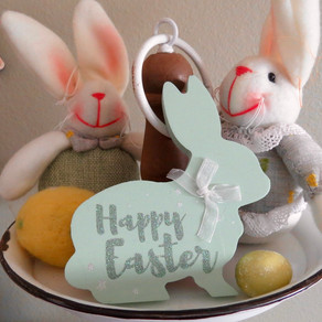 Easter 2018: Bunnies, Carrots and Decor!